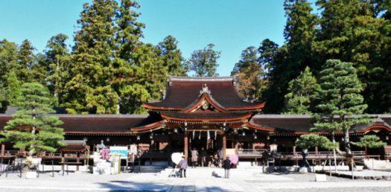 元彼との復縁を成就させるなら滋賀県で話題の神社やお寺で縁結び